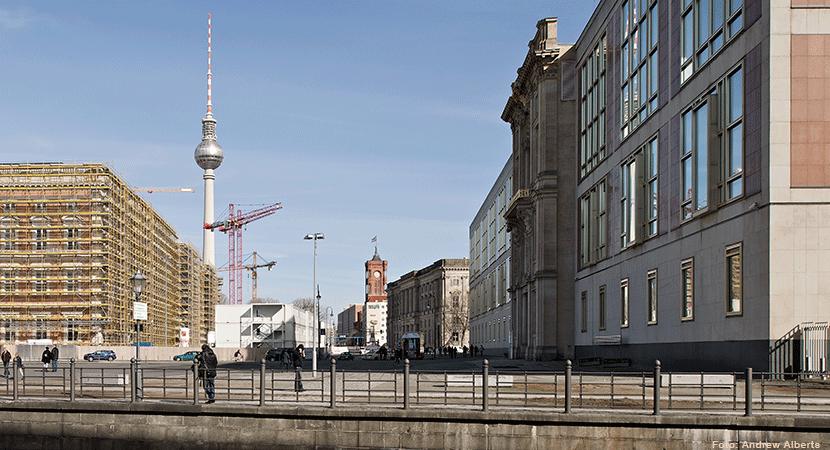 Roland Korn - Staatsratsgebäude. Foto: Andrew Alberts